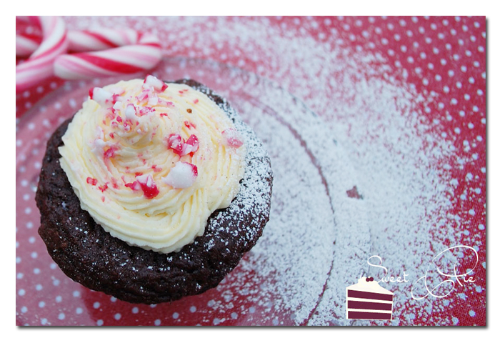 Candy-Cane Cupcakes1